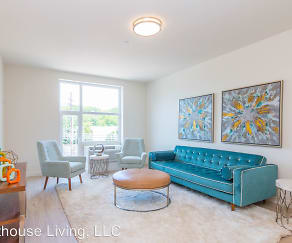 Living Room, 550 Halstead Ave