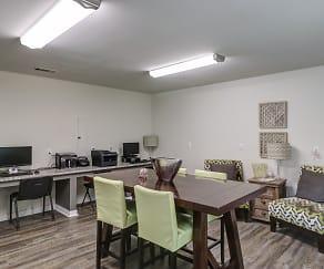 Clubhouse, Knollwood Park Apartments