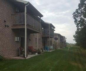 Building, Trailside Villas