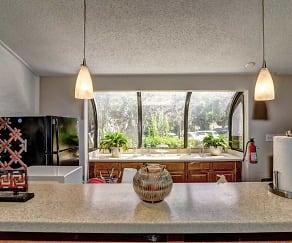 Kitchen, Devonwood Apartment Homes