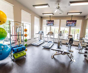Fitness Weight Room, The Knolls At Inglewood Hill