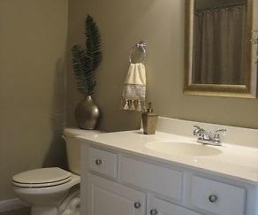 Bathroom, 117 Pipher Ln, Suite 100 Empire Plaza