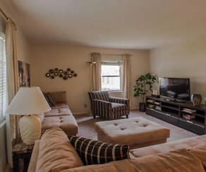 spacious apartment at Van Buren Village apartments in Kettering, OH, Van Buren Village