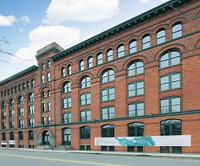 Building, Hudson Arthaus