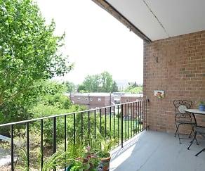 Patio / Deck, Lindenwood Apartments