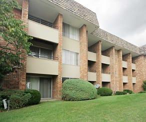 Building, Regency Park Apartments