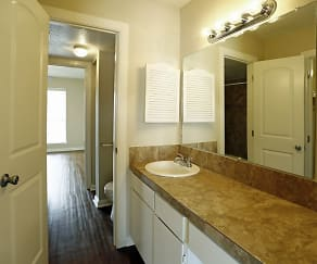 Bathroom, Casa Verde Apartments