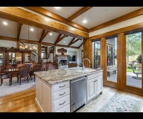 Kitchen, 9521 N Skyhawk Tri #12