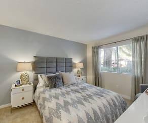 Bedroom, West Oaks Apartments