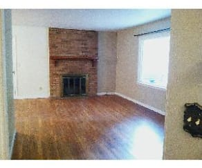 Living Room, 570 Mountain View Rd.