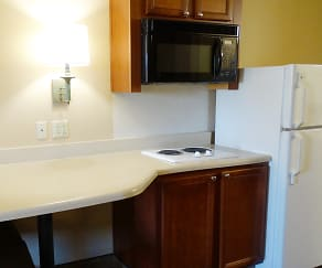 Kitchen, Furnished Studio - Dallas - Richardson
