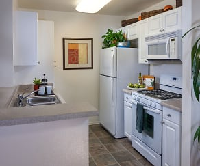 Kitchen, Terra Vista Apartments & Townhomes