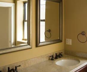 Bathroom, 963-973 East 61st Street