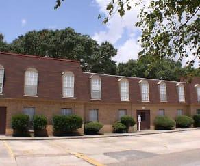 Building, Broadmoor Plantation