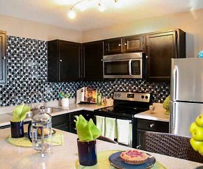 WaterRidge Apartment Homes