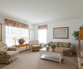 Living Room, Elson Pointe Estates