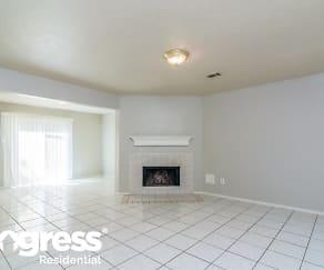 Living Room, 8815 Roaring Point Dr