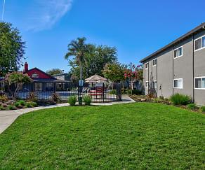 Recreation Area, Vantage Apartments
