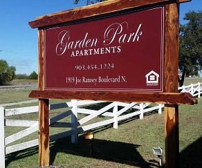 Community Signage, Garden Park Apartments
