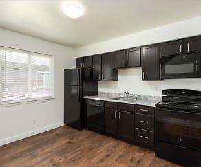 Kitchen, Metro Apartments at Wood River