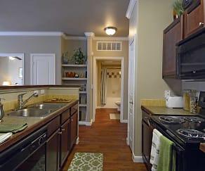 Kitchen, Fairways at Star Ranch