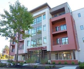 Building, 2 West Avenue