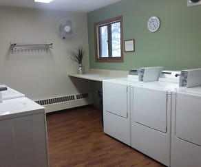 On-Site Laundry, Countryside Village Apartments