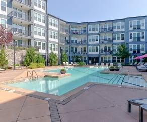 Pool, Station R