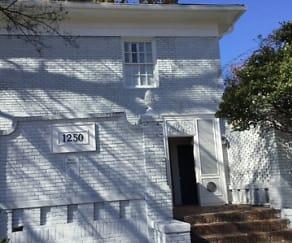 Building, 1250 Piedmont Ave NE Unit 2