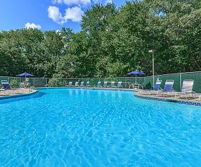Pool, Cambridge Estates Apartments