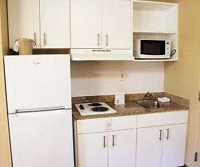 Kitchen, Furnished Studio - Chesapeake - Churchland Blvd.