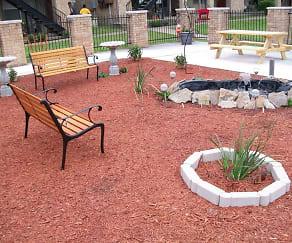 Recreation Area, Royal Oaks Apartments (TX)
