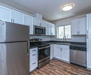 Kitchen, Uptown 7