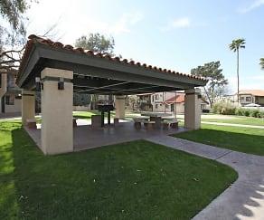 Courtyard, El Conquistador
