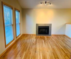 Living Room, 7630 SW Hood AVE