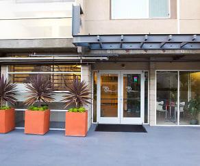 Leasing Office, 3400 Cahuenga