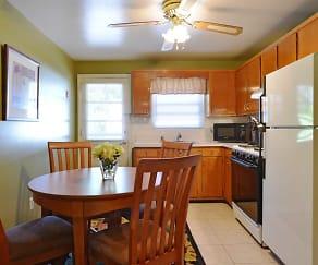 Dining Room, Brookview Manor Apartments, LLC