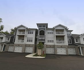 Building, Spruce Ridge Apartments
