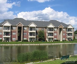 Lake, Blankenbaker Crossings Apartments
