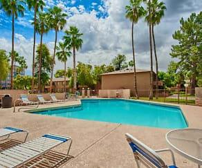 Pool, Tempe Park Place