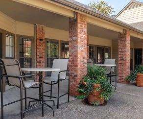 Outdoor Patio Lounge Area, Summer Meadows Apartments