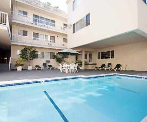 Pool, Hamilton Ritz