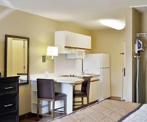 Kitchen, Furnished Studio - Milwaukee - Brookfield