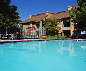 Pool, Layton Meadows