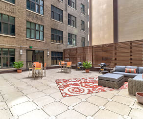 Courtyard, The Residences at Barnett