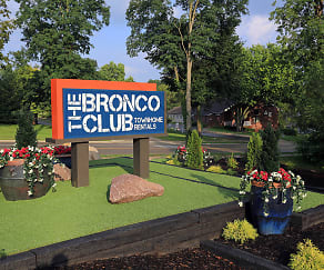 The Bronco Club Townhomes In Kalamazoo, MI Near Western Michigan University, The Bronco Club