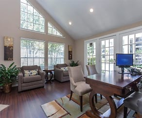 Leasing Office, Brandon Oaks Apartments