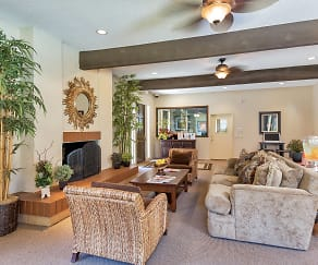 Living Room, Woodlake