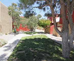 Courtyard, City View Apartments