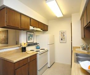Kitchen, Northridge Court Apartments
